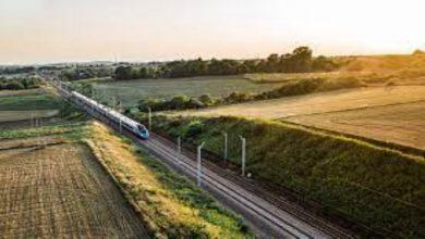 Photo of Czy warto podróżować pociągami?