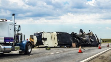 Photo of When and Why Should You Contact a Truck Accident Attorney